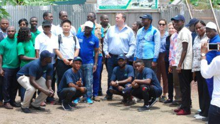 Le Directeurs régional du FIDA  en visite de travail chez Agro Word Group à Douala